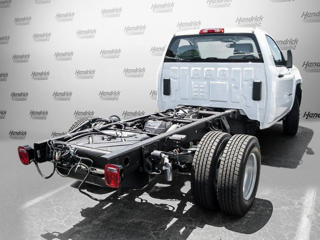 2016 Silverado 3500 Regular Cab, Cab Chassis #M319709 - photo 2
