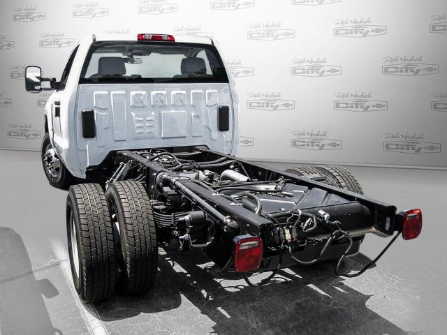 2016 Silverado 3500 Regular Cab, Cab Chassis #M319709 - photo 29