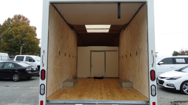 2017 Express 3500 Cutaway Van #M333283 - photo 11