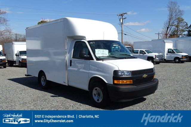 2018 Express 3500 4x2,  Supreme Cutaway Van #M337621 - photo 1