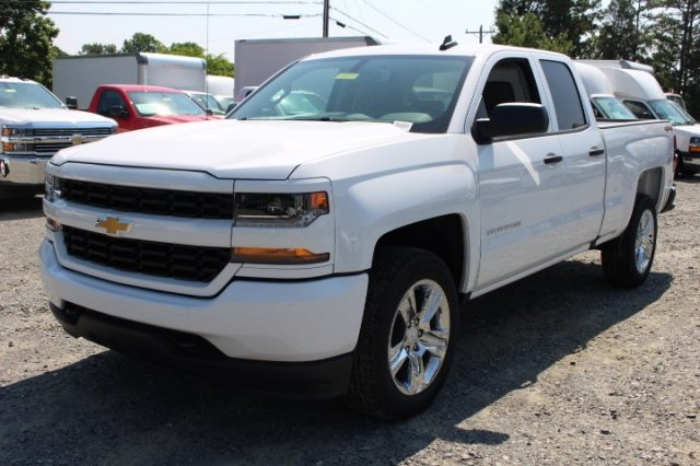 2018 Silverado 1500 Double Cab 4x4,  Pickup #M342415 - photo 3