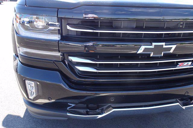 2018 Chevrolet Silverado 1500 Crew Cab 4x4, Pickup #M36333A - photo 10