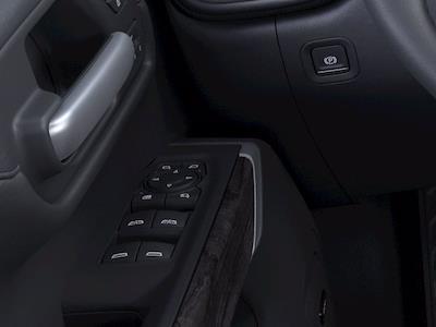 2021 Chevrolet Silverado 1500 Crew Cab 4x4, Pickup #M36554 - photo 19