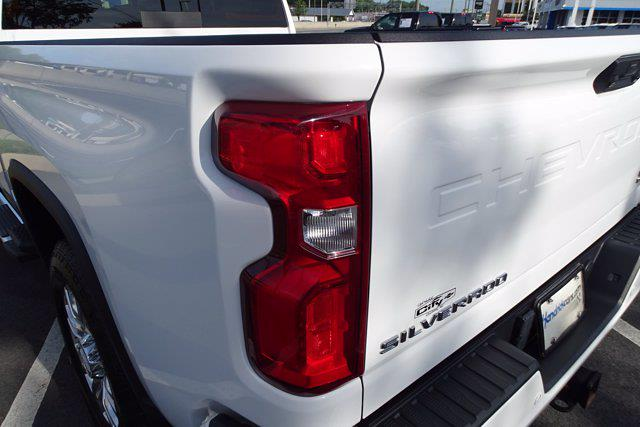 2020 Chevrolet Silverado 2500 Crew Cab 4x4, Pickup #M38570A - photo 13