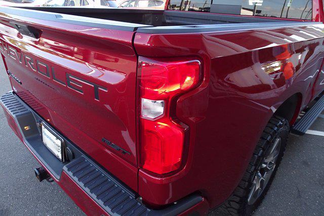 2019 Chevrolet Silverado 1500 Crew Cab 4x4, Pickup #M38570B - photo 12