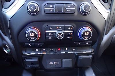 2019 Chevrolet Silverado 1500 Crew Cab 4x4, Pickup #M38570B - photo 29