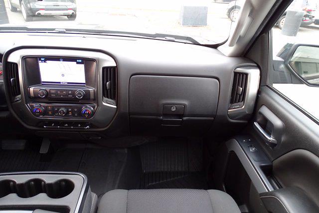 2018 Chevrolet Silverado 1500 Crew Cab 4x4, Pickup #M51051A - photo 17