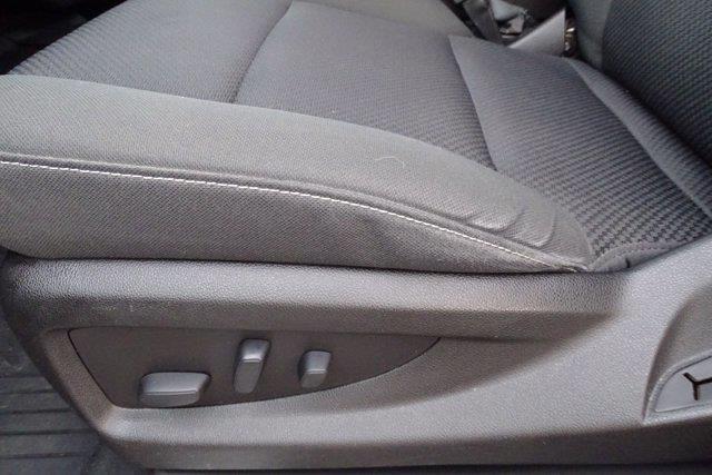 2018 Chevrolet Silverado 1500 Crew Cab 4x4, Pickup #M51051A - photo 21