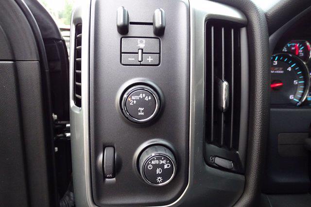 2018 Chevrolet Silverado 1500 Crew Cab 4x4, Pickup #M51051A - photo 22
