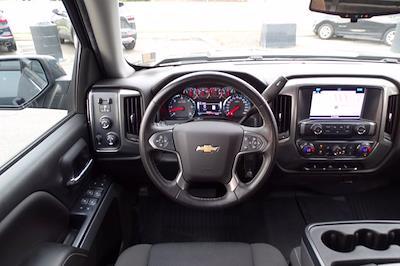 2018 Chevrolet Silverado 1500 Crew Cab 4x4, Pickup #M51051A - photo 16