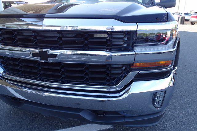 2016 Chevrolet Silverado 1500 Crew Cab 4x4, Pickup #M65728A - photo 9