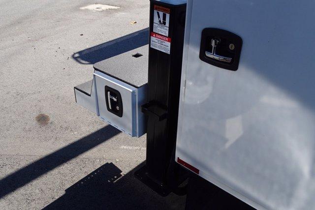 2020 Chevrolet Silverado 5500 Regular Cab DRW 4x4, Knapheide KMT Mechanics Body #M660103 - photo 38