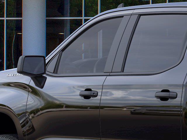 2021 Chevrolet Silverado 1500 Crew Cab 4x2, Pickup #M79282 - photo 10