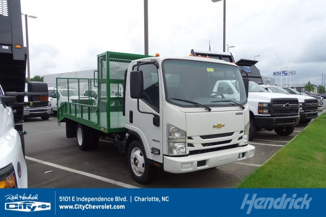 2019 Chevrolet LCF 4500 Regular Cab 4x2, Womack Truck Body Dovetail Landscape #M801602 - photo 1