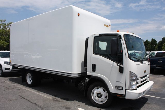 2017 LCF 4500 Regular Cab, Dry Freight #M802530 - photo 8