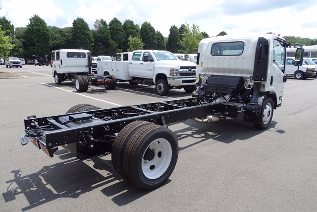 2020 Chevrolet LCF 4500 Regular Cab DRW 4x2, Cab Chassis #M805344 - photo 1