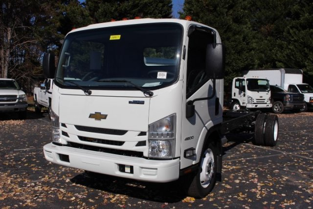 2018 LCF 4500 Regular Cab,  Cab Chassis #M809311 - photo 4