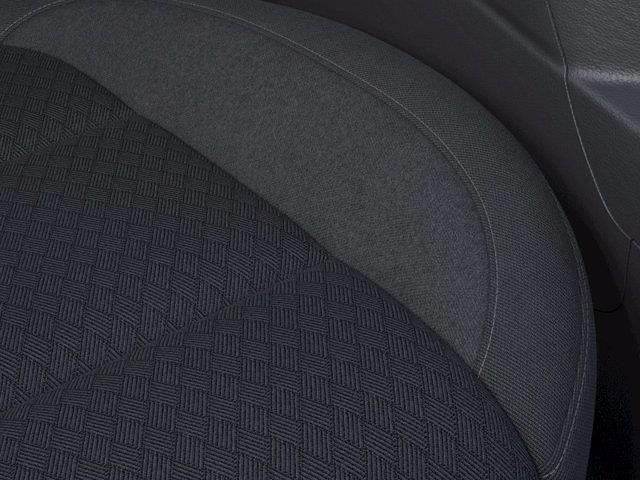 2021 Chevrolet Silverado 1500 Crew Cab 4x4, Pickup #M91423 - photo 18