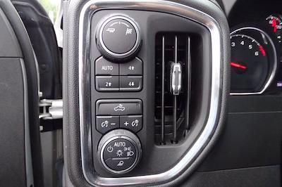 2019 Chevrolet Silverado 1500 Crew Cab 4x4, Pickup #M91720A - photo 20