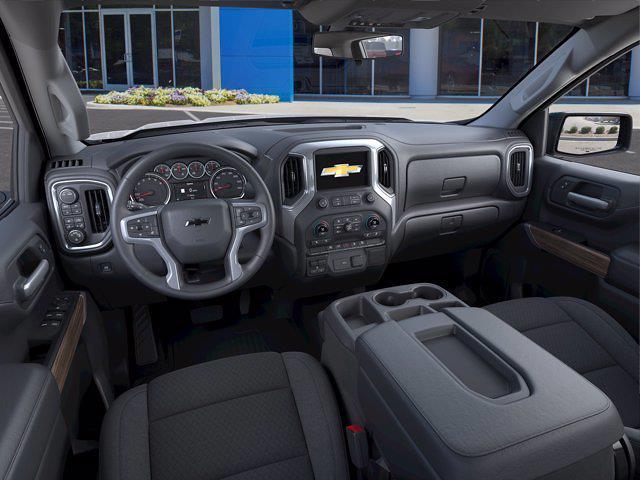 2021 Chevrolet Silverado 1500 Crew Cab 4x4, Pickup #M93400 - photo 12
