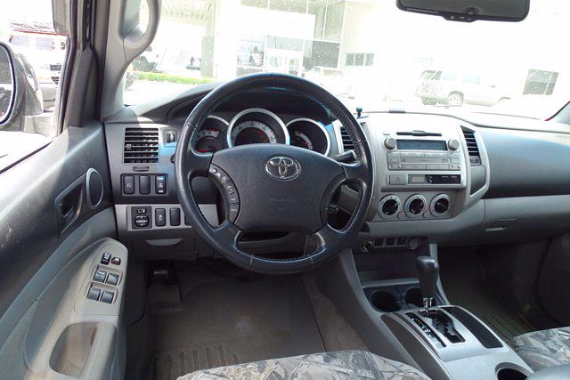 2011 Toyota Tacoma Double Cab 4x4, Pickup #M97070A - photo 12