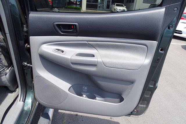 2011 Toyota Tacoma Double Cab 4x4, Pickup #M97070A - photo 27