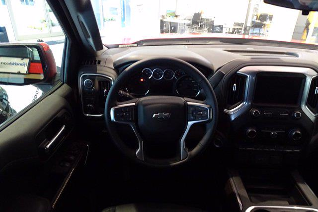 2021 Chevrolet Silverado 1500 Crew Cab 4x4, Pickup #M97799 - photo 15