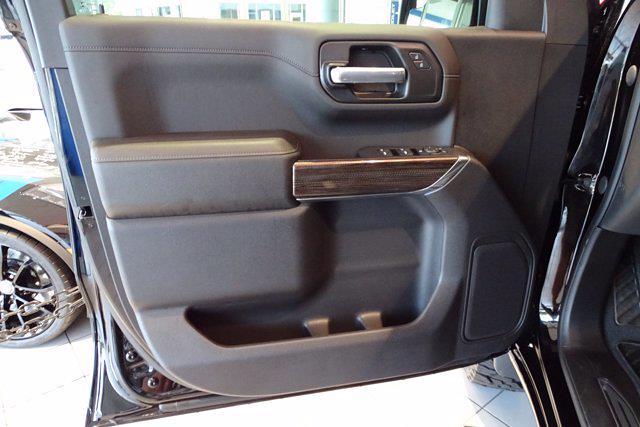 2021 Chevrolet Silverado 1500 Crew Cab 4x4, Pickup #M97799 - photo 18