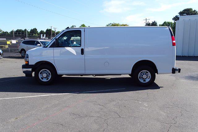 2019 Chevrolet Express 2500 4x2, Empty Cargo Van #P15791 - photo 5