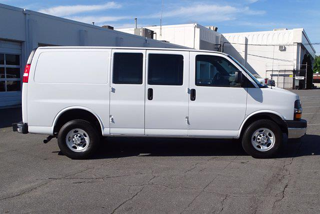 2019 Chevrolet Express 2500 4x2, Empty Cargo Van #P15791 - photo 9