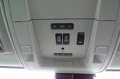 2018 GMC Sierra 3500 Crew Cab 4x4, Pickup #P15848 - photo 31