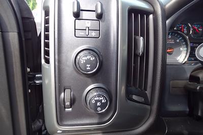 2018 Chevrolet Silverado 1500 Crew Cab 4x4, Pickup #P15863 - photo 22