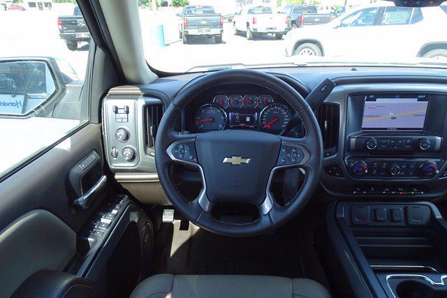 2018 Chevrolet Silverado 1500 Crew Cab 4x4, Pickup #P15876 - photo 16
