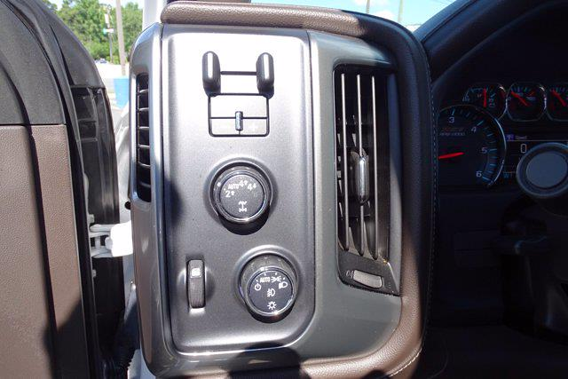2018 Chevrolet Silverado 1500 Crew Cab 4x4, Pickup #P15876 - photo 22