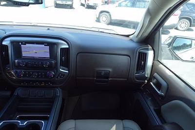 2018 Chevrolet Silverado 1500 Crew Cab 4x4, Pickup #P15876 - photo 17