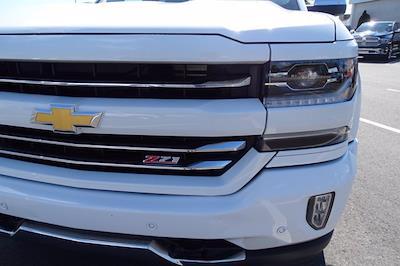 2018 Chevrolet Silverado 1500 Crew Cab 4x4, Pickup #P15876 - photo 9