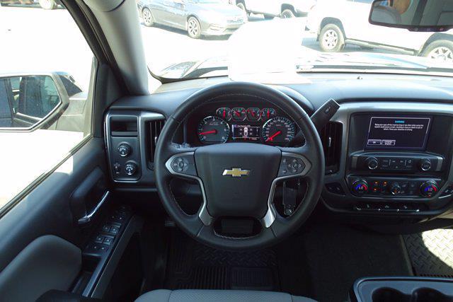 2018 Chevrolet Silverado 1500 Crew Cab 4x4, Pickup #P15878 - photo 16