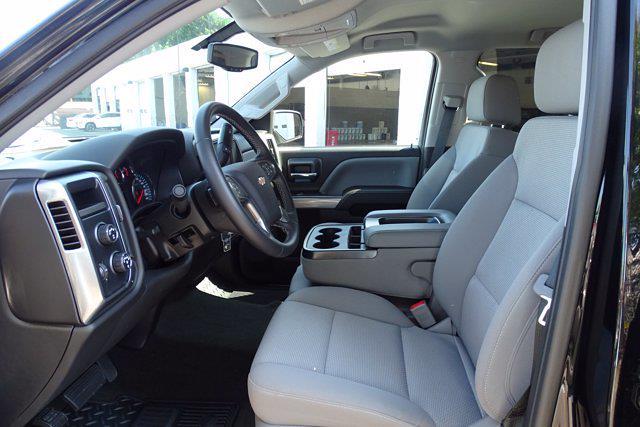 2018 Chevrolet Silverado 1500 Crew Cab 4x4, Pickup #P15878 - photo 20
