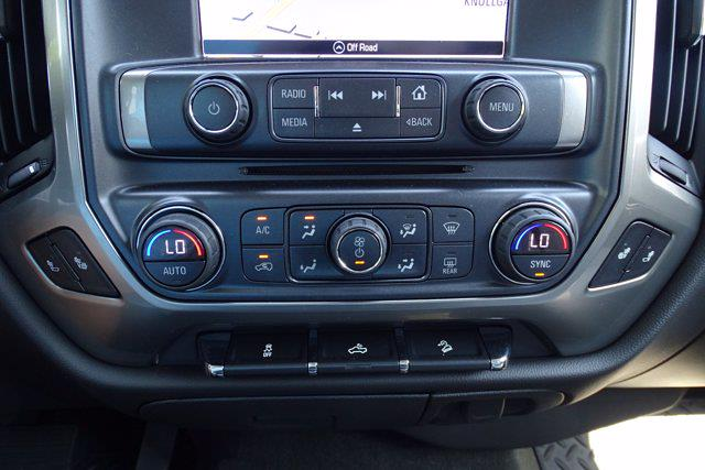 2018 Chevrolet Silverado 1500 Crew Cab 4x4, Pickup #P15878 - photo 30