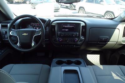 2018 Chevrolet Silverado 1500 Crew Cab 4x4, Pickup #P15878 - photo 18