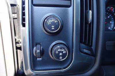 2018 Chevrolet Silverado 1500 Crew Cab 4x4, Pickup #P15878 - photo 22