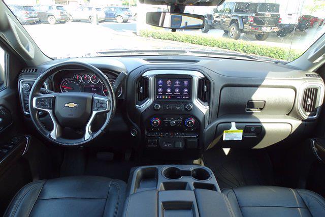 2019 Chevrolet Silverado 1500 Crew Cab 4x4, Pickup #P15899 - photo 18