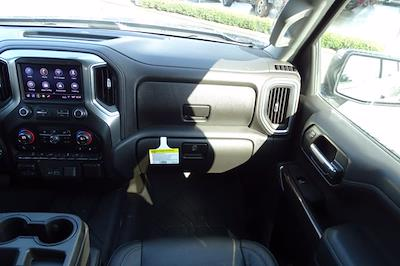2019 Chevrolet Silverado 1500 Crew Cab 4x4, Pickup #P15899 - photo 17