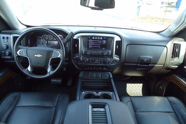 2017 Chevrolet Silverado 1500 Crew Cab 4x4, Pickup #P15924 - photo 16