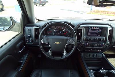 2017 Chevrolet Silverado 1500 Crew Cab 4x4, Pickup #P15924 - photo 14