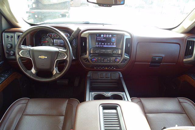 2016 Chevrolet Silverado 2500 Crew Cab 4x4, Pickup #P15936 - photo 17