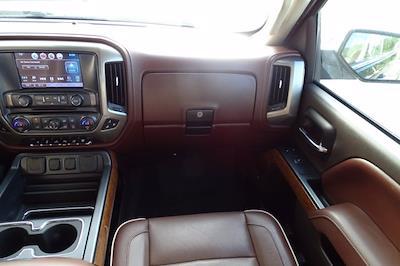 2016 Chevrolet Silverado 2500 Crew Cab 4x4, Pickup #P15936 - photo 16