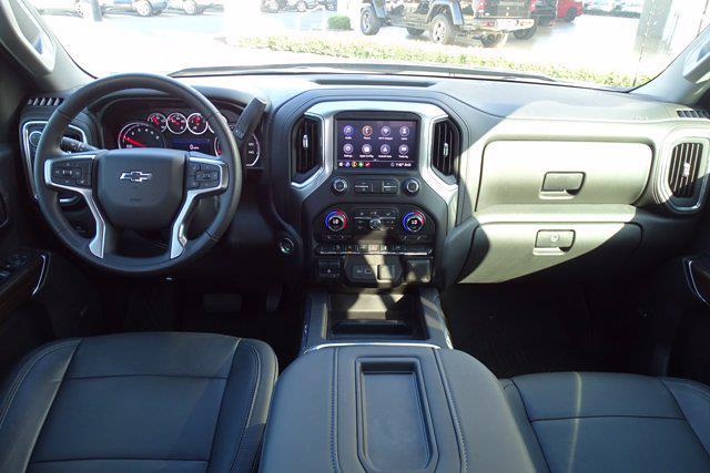 2020 Chevrolet Silverado 1500 Crew Cab 4x4, Pickup #PS15944 - photo 18
