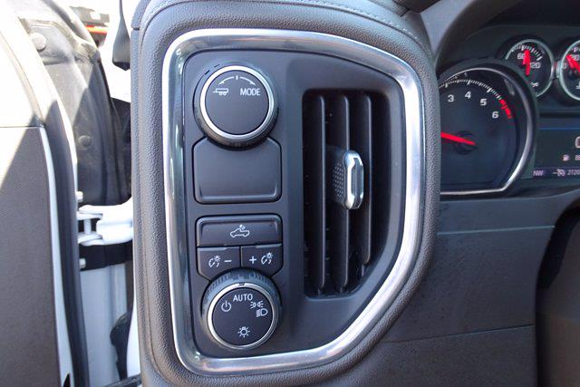 2020 Chevrolet Silverado 1500 Crew Cab 4x2, Pickup #SA15781 - photo 19
