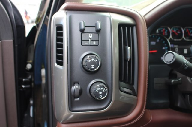 2019 Silverado 2500 Crew Cab 4x4,  Pickup #T103247 - photo 14